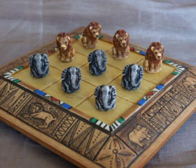 Animal Noughts and Crosses Set
