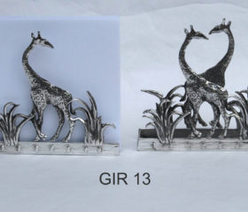 Giraffe Paper Holder